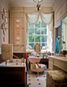 Altschul bathroom. Both photos by Scott Francis, originally published in Architectural Digest, February 2008.