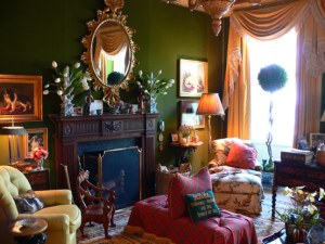 "This is his ""homage to dogs"" sitting room at the 2006 Kips Bay Showcase House."